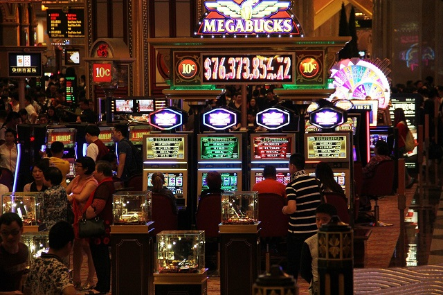 Why Do People Like Casinos?